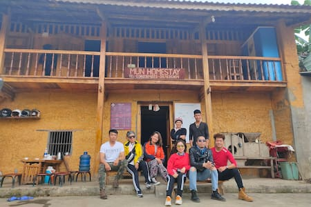 Mun Homestay - Traditional house of the Dao