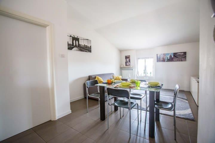 Palazzina Luce appartamento 9 - Desenzano del Garda - Appartement