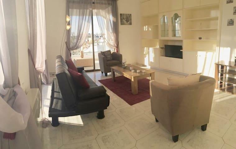KOSTAS 2 BEDROOM PENTHOUSE IN LARNACA
