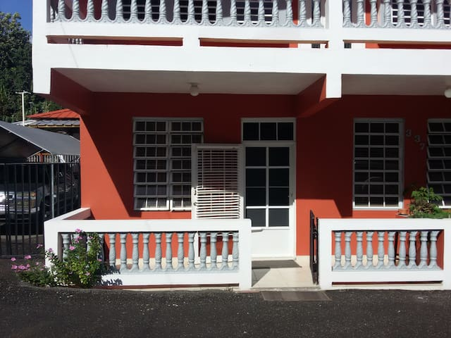 Eddy's guest house - Aguada - Daire