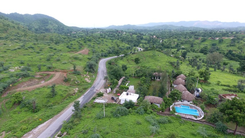 Entire Secluded, Nature Vyomanh Home Stay Udaipur