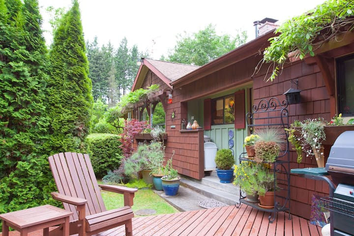 Spacious, Beautiful Cottage - Langley - Hus