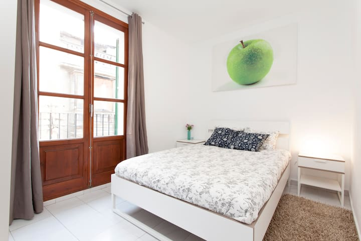 Cosy apartment in centre!!! - Palma - House
