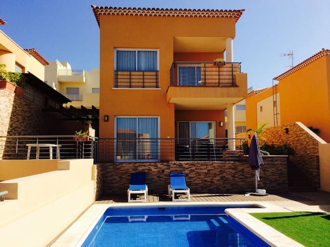 VIP-Villa with sea views,5 bedrooms - Puerto de Santiago - Villa