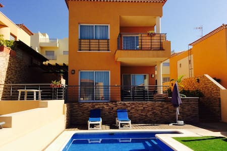 VIP-Villa with sea views,5 bedrooms - Puerto de Santiago