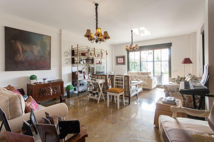 Double room in villa (1) - L'Eliana