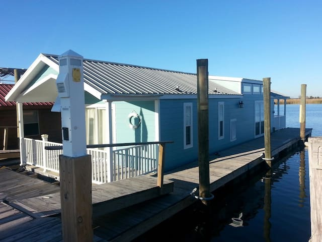 Floating Upscale Condo on River - Apalachicola - Båt