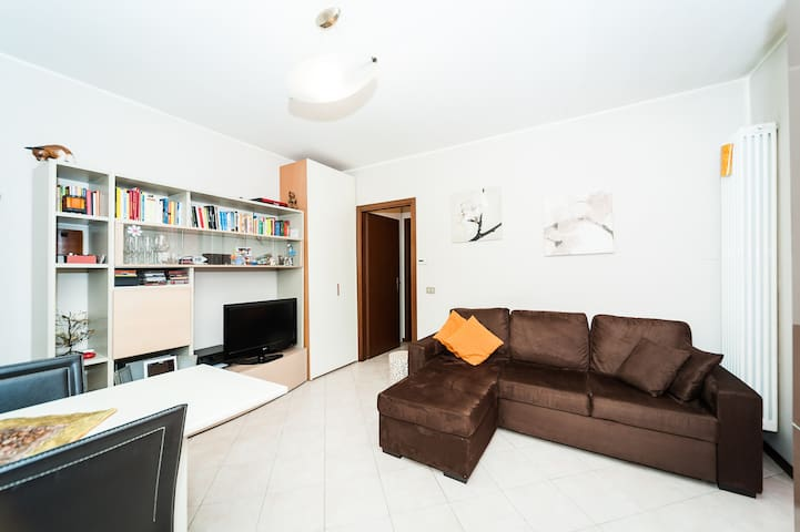 Near to Milan, Fiera, MXP Airport - Saronno - Apartament