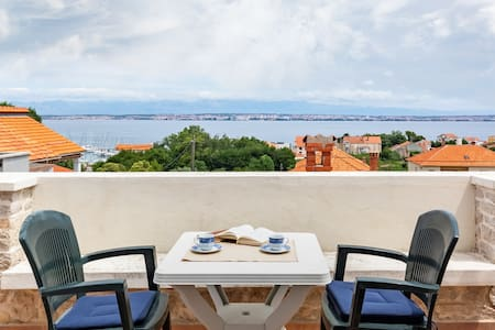 Sea view suite Mateo