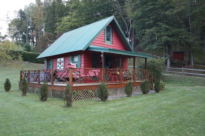 Little River's (Honeymoon Cabin) - Sugar Grove