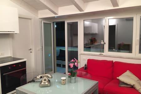Lux apart. Chiavari (5 Terre and Portofino)balcony