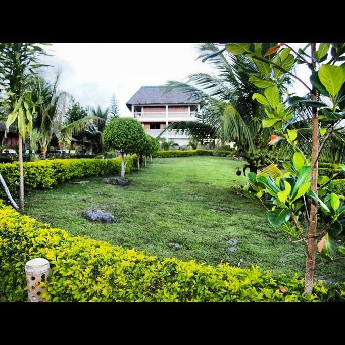Sun Xi Resort - Farmhouse Villa from the South Garden