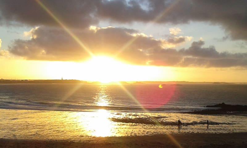 Terrasse face à la mer orienté sud