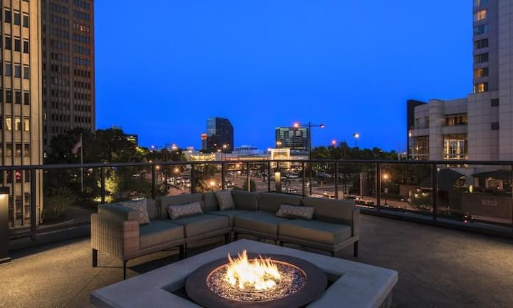 Luxury Buckhead High Rise with Panoramic Views