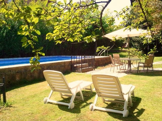 Family house with pool and garden - Becerril de la Sierra - House