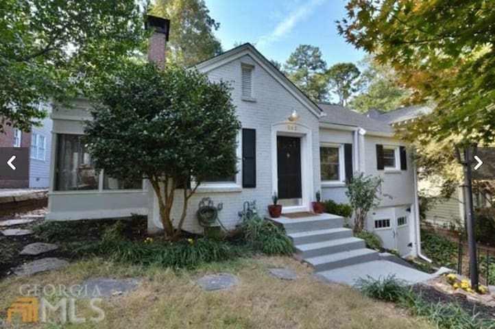 Quiet Home near Candler Park w/ fenced back yard