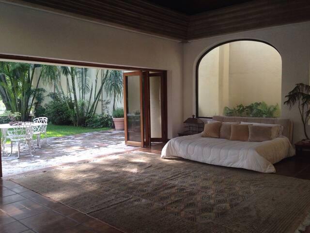 Luxury Gated Community - Loft