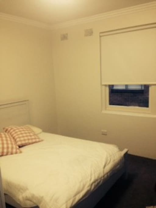 Spacious double bedrooms with double built in wardrobes, clean new carpets and blinds.