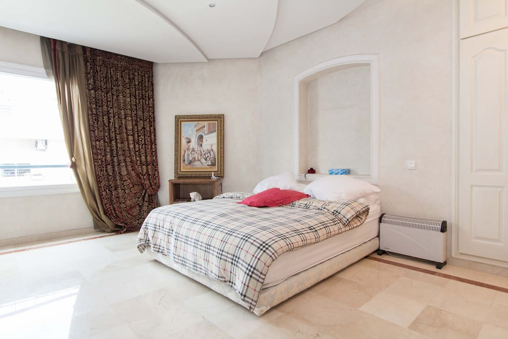 magnifique appartement appartements louer casablanca grand casablanca maroc. Black Bedroom Furniture Sets. Home Design Ideas
