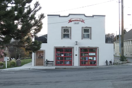 1937 Fire House Old Town Coupeville - Daire