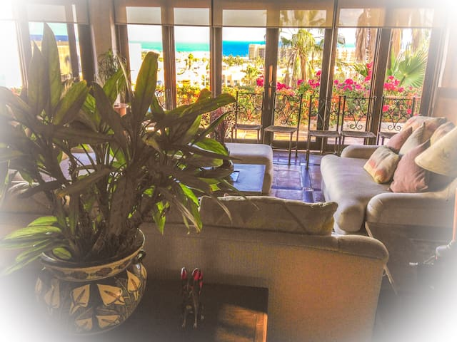 Share life with a Mexican family! - San José del Cabo - Bed & Breakfast