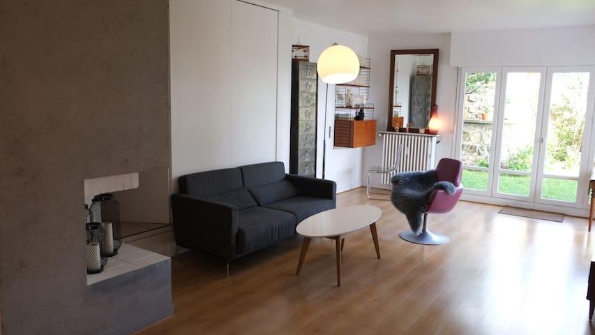 Appartement/garden close to Paris and Versailles