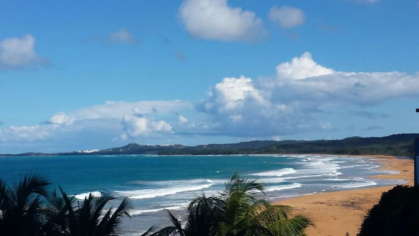 AWESOME BEACH FRONT VACATION! - Luquillo - Byt