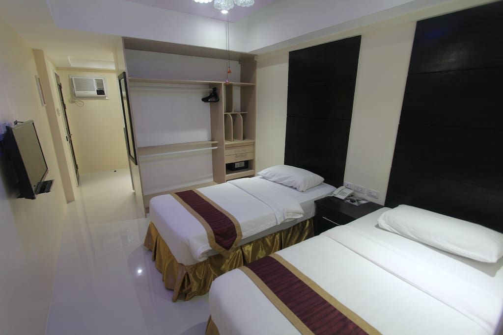 relaxing two single beds