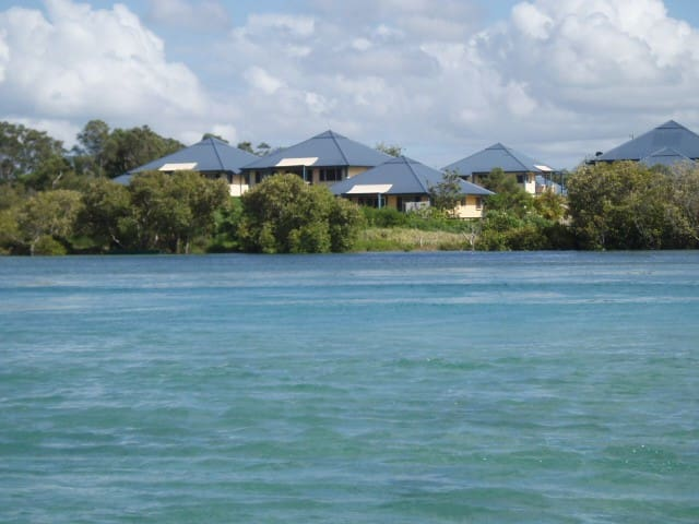 Hastings Cove Waterfront Holiday Apartments - Hastings Point