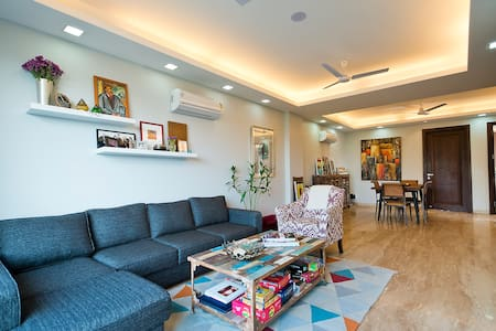 Bright and airy flat in South Delhi