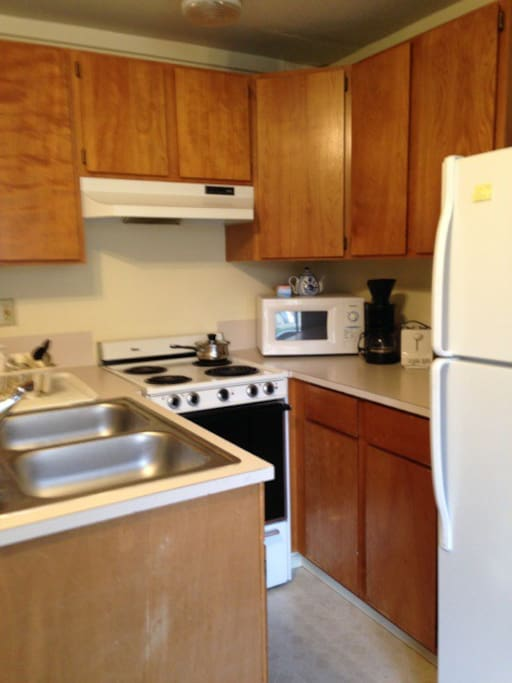 Full kitchen, microwave, coffee maker and toaster.