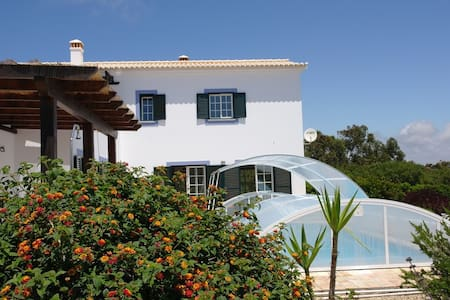 Modern holiday home with pool - Aljezur - Villa