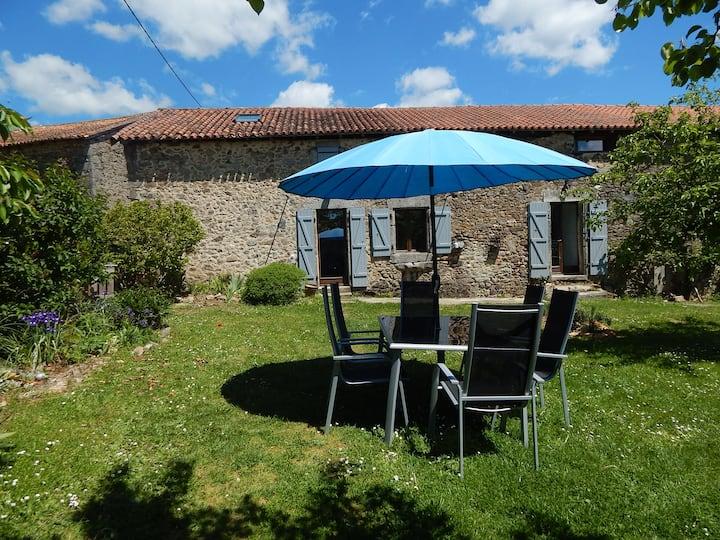 Maison 6 pers calme , spa, sauna ,jardin, Périgord