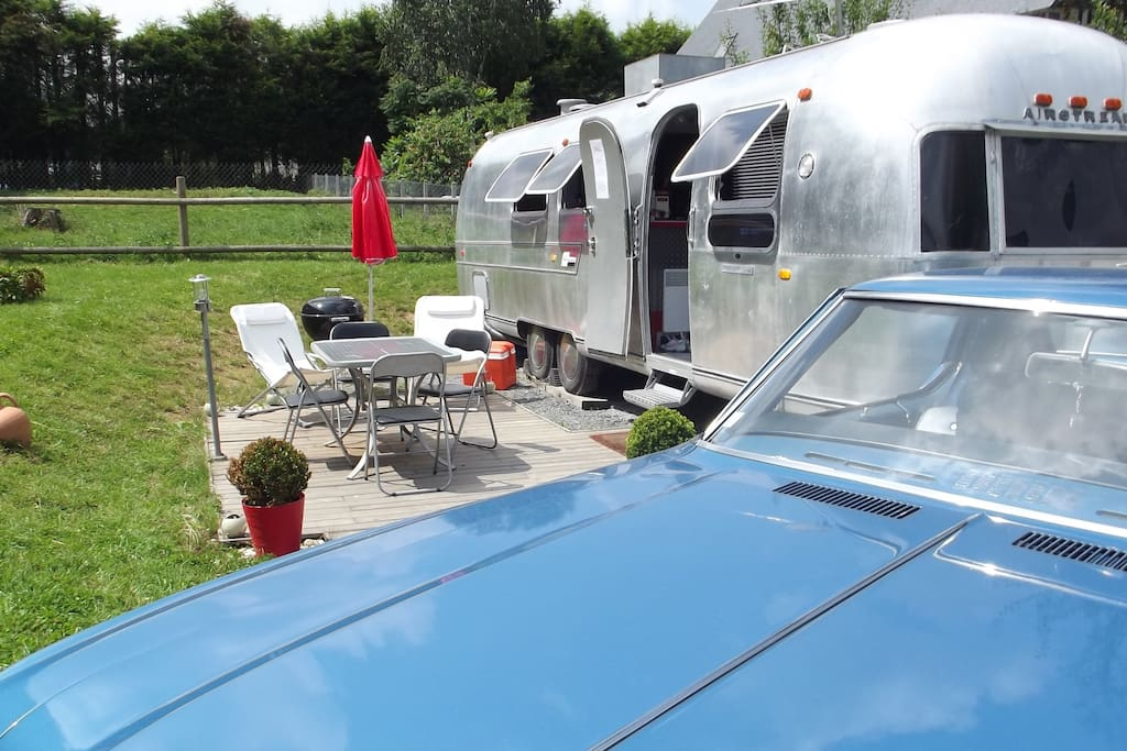 s jour atypique en caravane am ricaine l 39 airstream in beuzeville haute normandie france. Black Bedroom Furniture Sets. Home Design Ideas