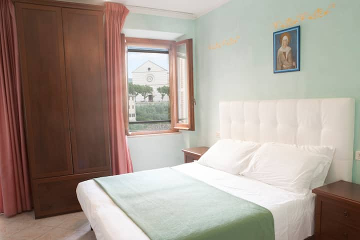 Camere Santa Chiara, cozy B&B in city centre! 3p