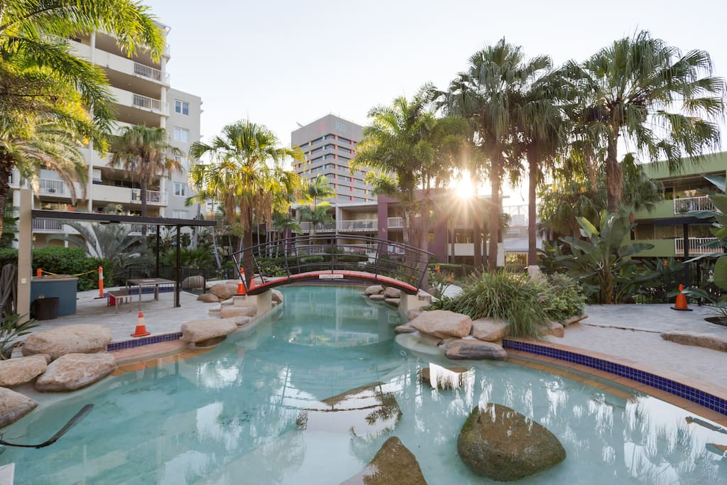 Entire 2 Br Unit In Resort Complex Apartments For Rent In Fortitude Valley Queensland Australia