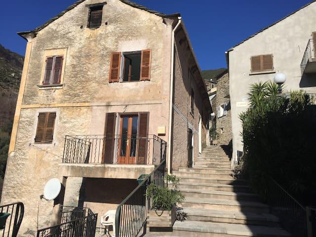 Maison Vignale - Vignale - Hus