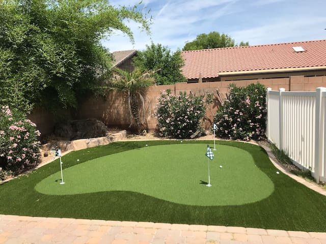 Brand new 3-hole putting green for the avid golfer in you...