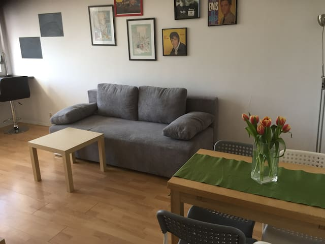 2 rooms - Bielany- Warsaw - 10 min to the centre