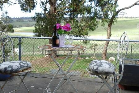 Country charm dayspa - balhannahHahndorf - Bed & Breakfast