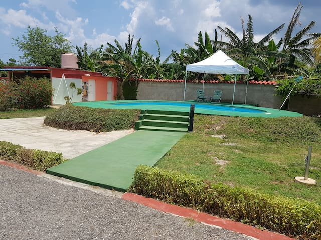 Casa Gladys, Room 1, Bacuranao Beach, privada