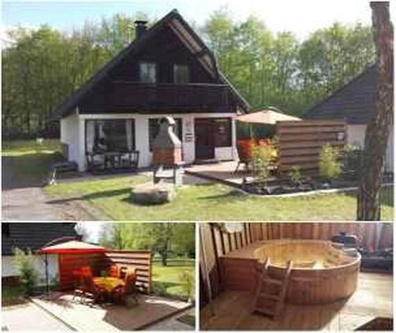 Modernes Ferienh, Dampfkabine, Pool - Frielendorf