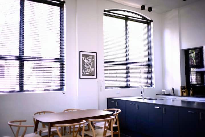Exklusives SOHO-Schlafzimmer in Sydney