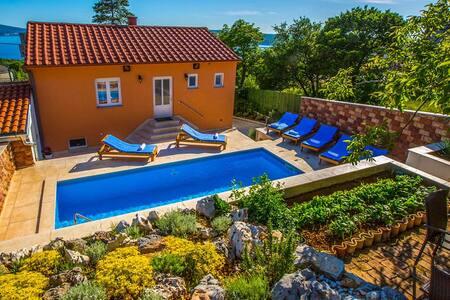Villa  Periska with pool sauna and amazing view - Crikvenica - วิลล่า