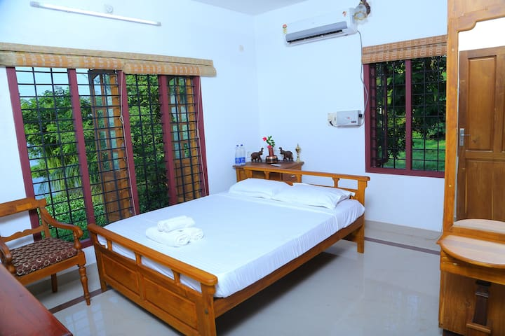 lake view rooms - Thanneermukkom - Casa