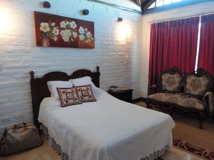 Hostal Maria de Lourdes Room 2
