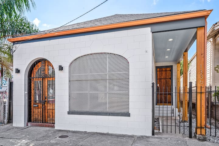 Quaint New Orleans Home Near French Quarter