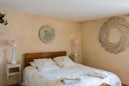 Chambre familiale Camélia (4 pers)/Chambre d'hôtes - Saint-Briac-sur-Mer