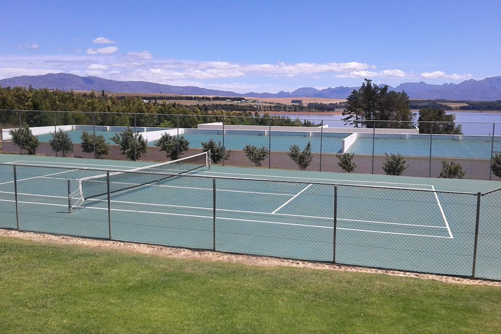 Available to all Guests a tennis court