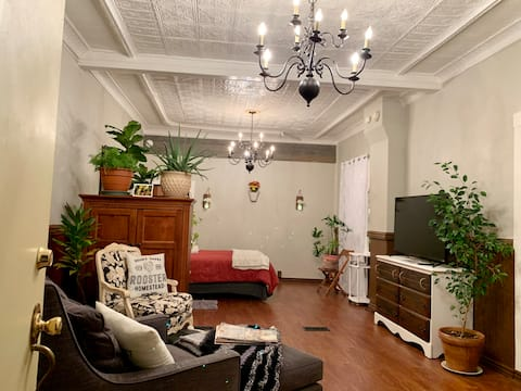 Charming Apartment in Historical Small Town by STL